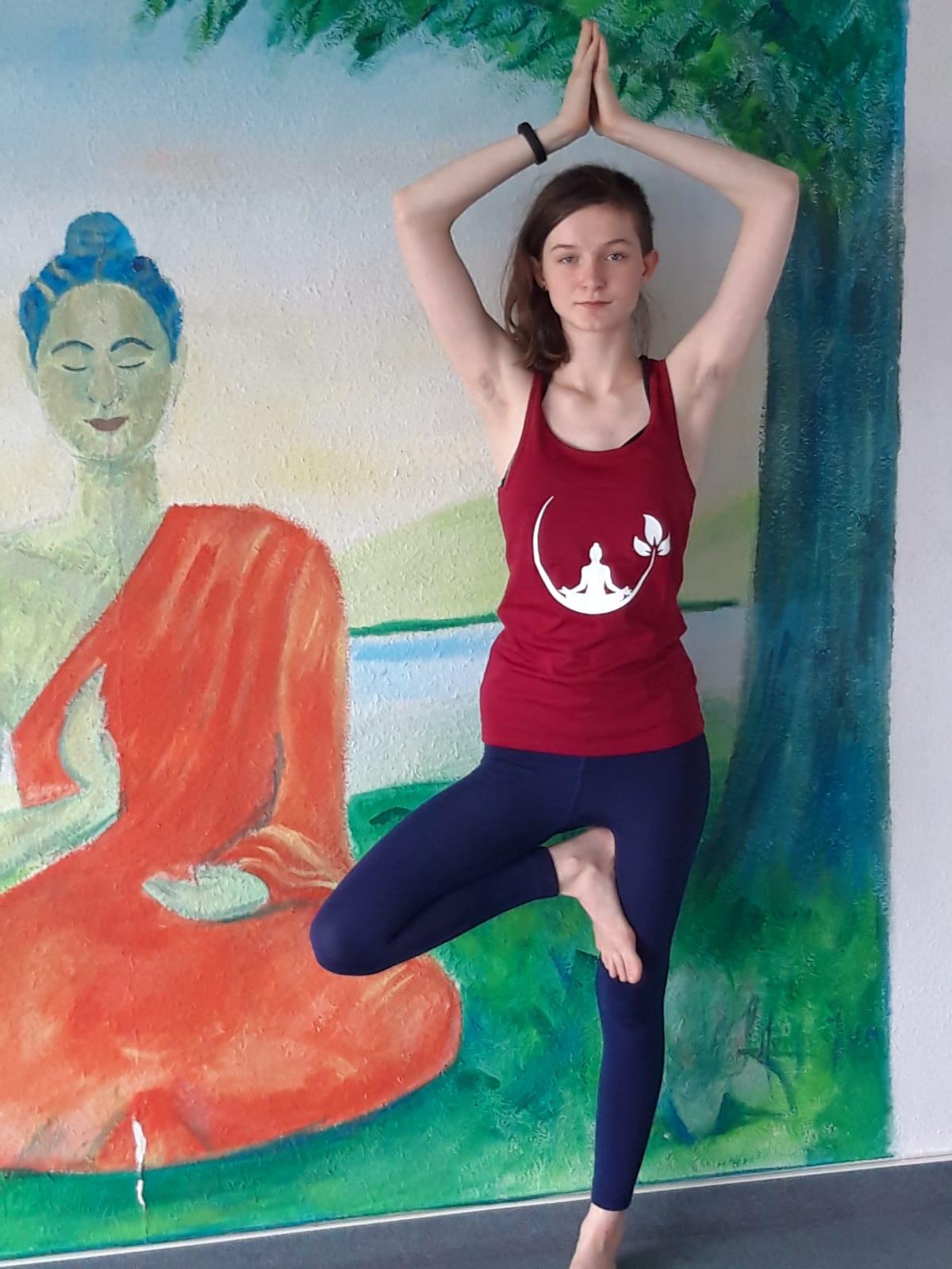 Yoga für Teens - Der Baum